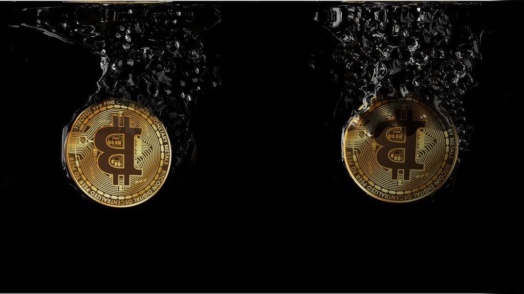 Why is bitcoin deflationary?